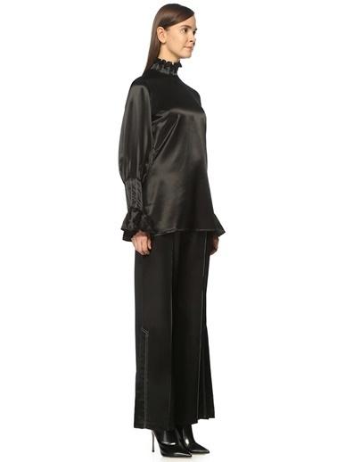 Beaufille Dik Yaka Fırfırlı Dikiş Detaylı Bluz Siyah